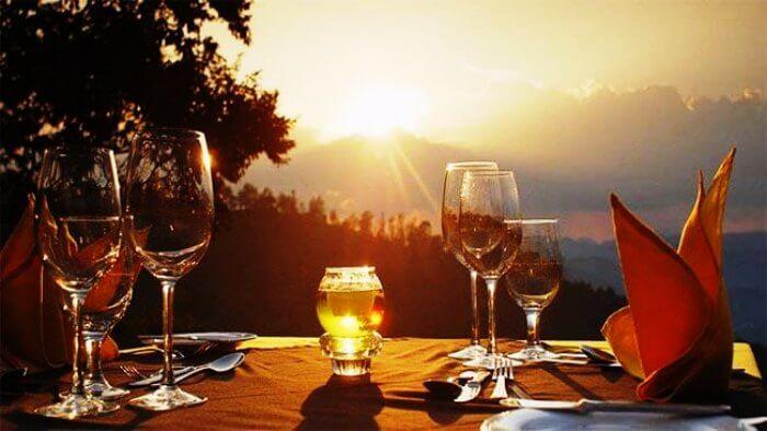 A romantic date set up in Nuwara Eliya for honeymooners