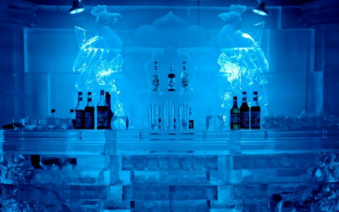 Ice Lounge in Saket