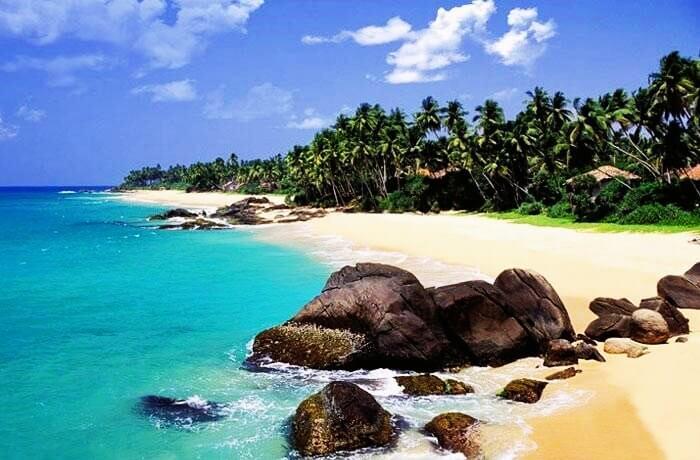 Spend a laid back honeymoon on Tangalle Beach in Sri Lanka