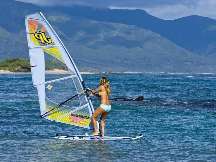 Surfing along huge fishes and strong winds in Mauritius