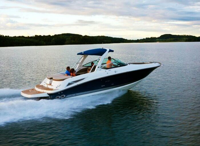 Enjoy a Yacht holiday in Goa