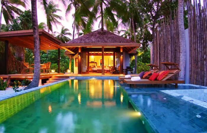 Anantara Kihavah Villas is a beautiful and romantic Maldives water villa