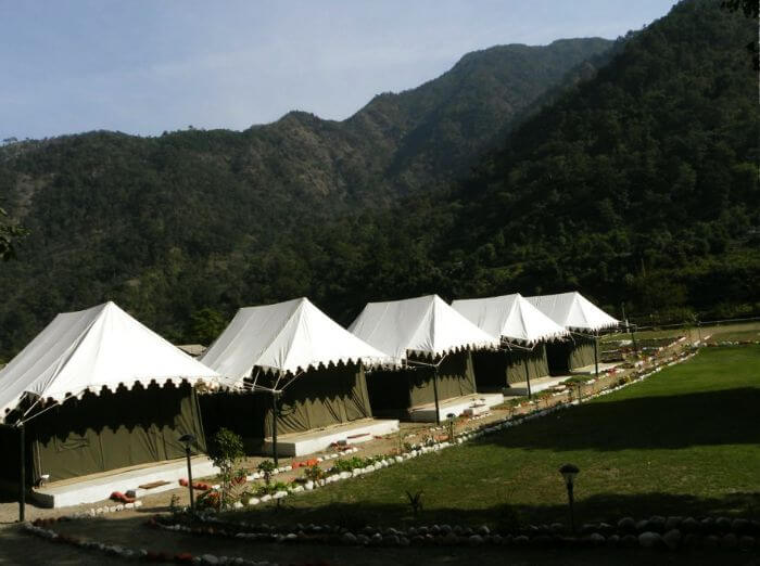 Camping tents in Kanatal