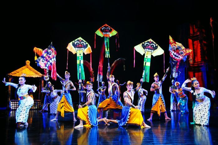 Spectate the grand Devdan show in Bali
