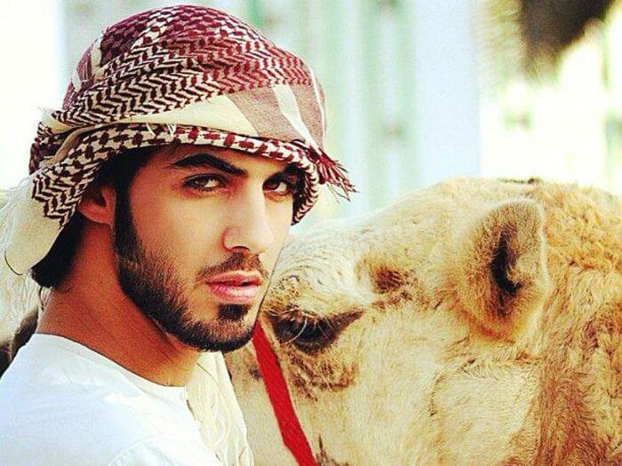 Emirati men
