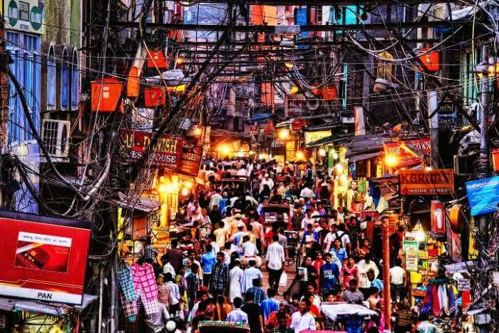 A busy Chadni Chowk Street