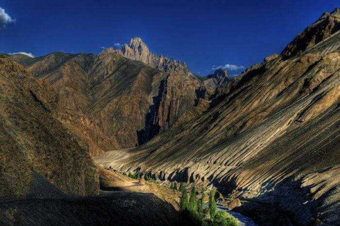 View of the hills on the Lamayuru-Darcha trek