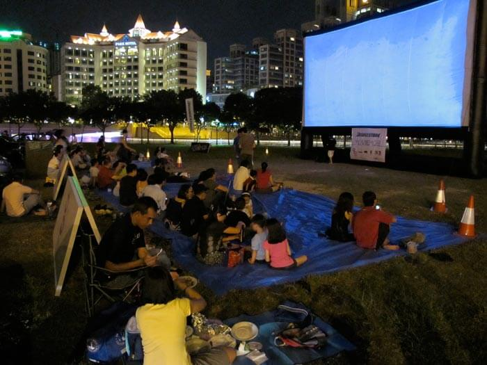 Movie Mob is the top free thing to do in Singapore