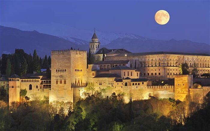 Mesmerising citadel of Alhambra