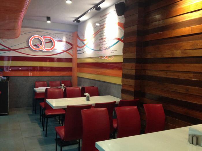QD's at Satya Niketan which is famous for its Tandoori Momos