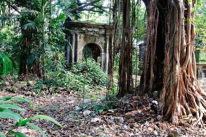 One of the haunted sights at South Park Cemetery In Kolkata