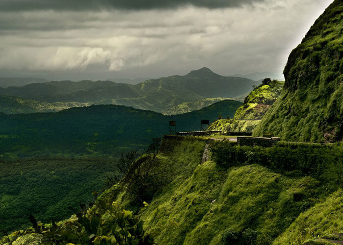 Journeys to Lonavala and Khandala offer wonderful road trips from Mumbai
