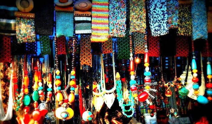 Ethnic trinkets for sale at Sonaron Ka Baas