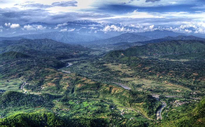 A beautiful view of the Annapurna trekking circle at Bandipur