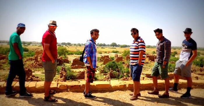 Bhavya and his gang on a group trip to Jaisalmer