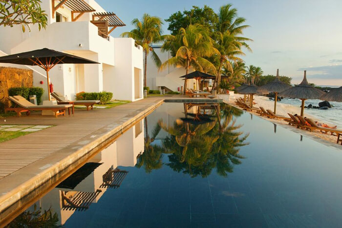 Swimming pool at the Hotel Recife Attitude Mauritius