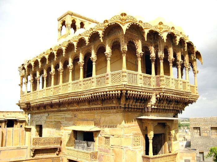 Salim Singh ki Haveli is a beautiful architecture to behold