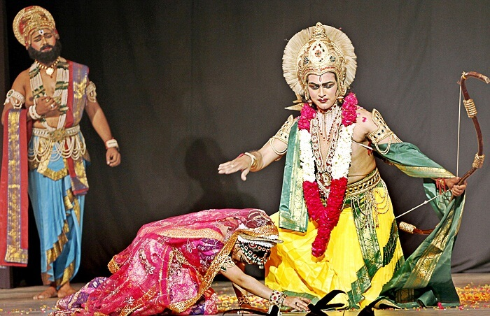Artists of Shriram Bharatiya Kala Kendra stage Ramlila
