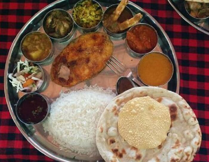 Traditional Goan cuisine at Starlight hotel