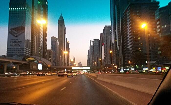 The beautiful roads of Dubai