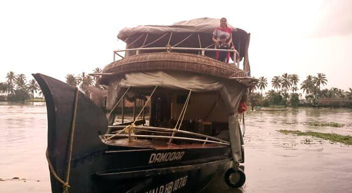 A stay in Alleppey boathouse in Kerala