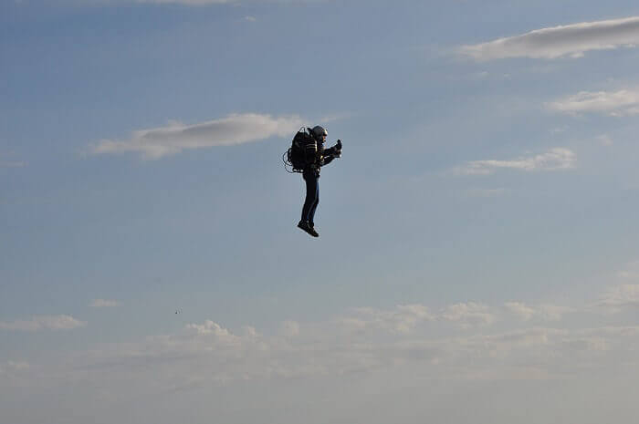 JB 9 Jetpack takes it first flight over Statue of Liberty in New York
