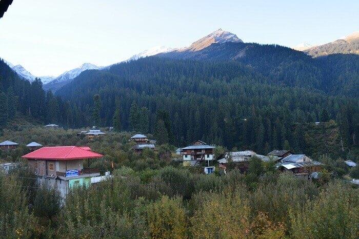 Beautiful mountains en route Kalga village