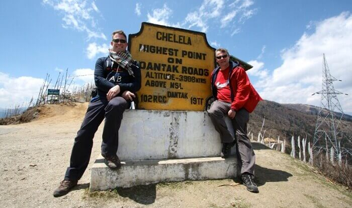Trekkers get their snap clicked at the Chele La Pass