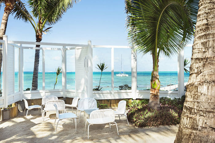 Tropical attitude by the blue seas of Mauritius is known for hospitality and cleanliness