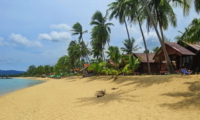 The beachfront of the Maenam Beach Bay Resort at Maenam Beach