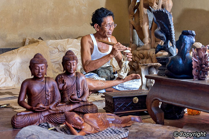 The famous craftsmen in Bali