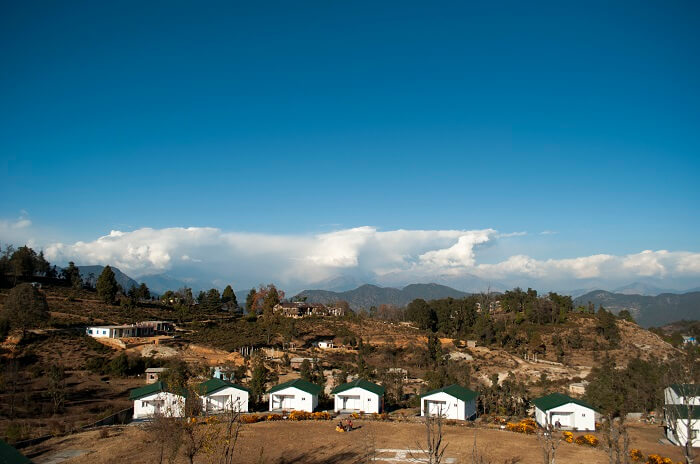 Chaukori in Uttarakhand is a beautiful camping spot amongst the other hidden romantic hidden places in Himalayas