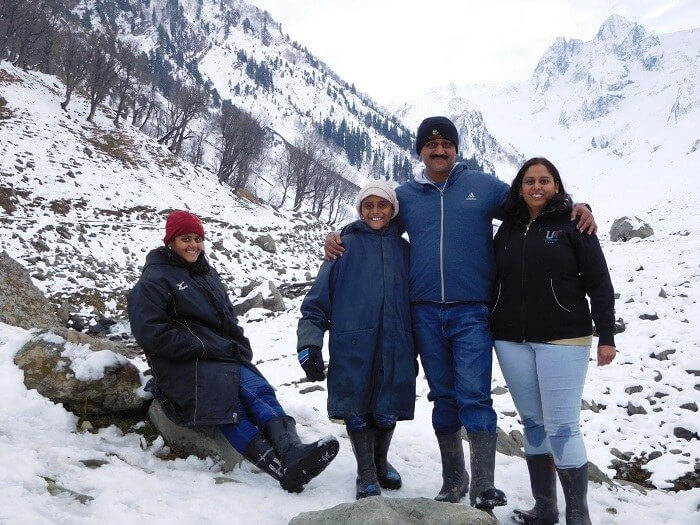 Sharad and his family click a picture in Gulmarg