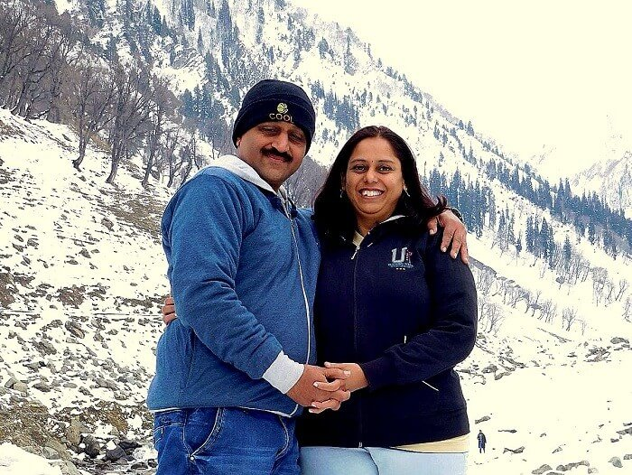 Sharad and his wife in Sonmarg