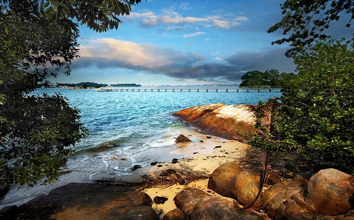 Chek Jawa in Pulau Ubin which has many decorated beaches in Singapore