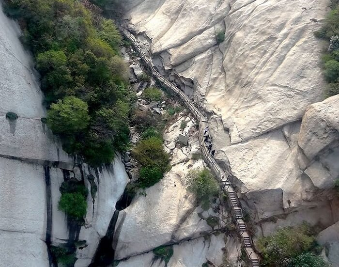The heavenly dangerous stairs to the top of Mount Huashan