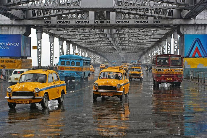 A road trip from Kolkata to Digha via the prominent Howrah Bridge, Kolkata