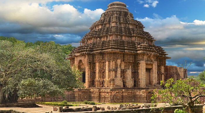 The Jagannath Temple, a prominent tourist attraction to explore on a road trip from Kolkata to Puri