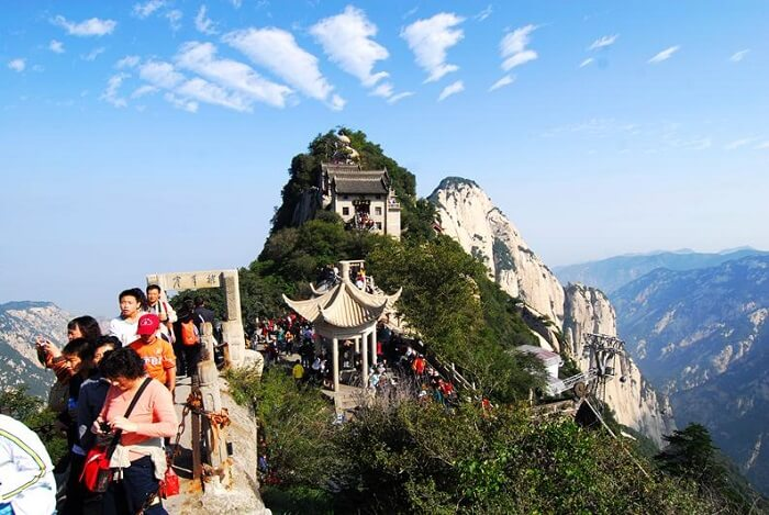Amazing mix of heritage, thrill and beauty at the top of Mount Huashan