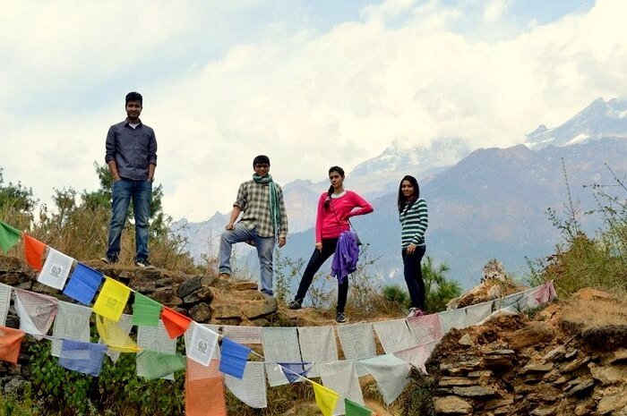 Jaskarans friends posing