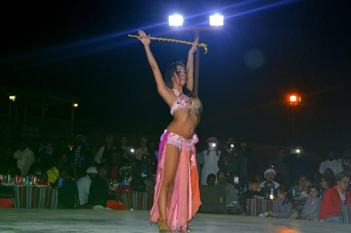 Dance performance at the Desert Safari in Dubai