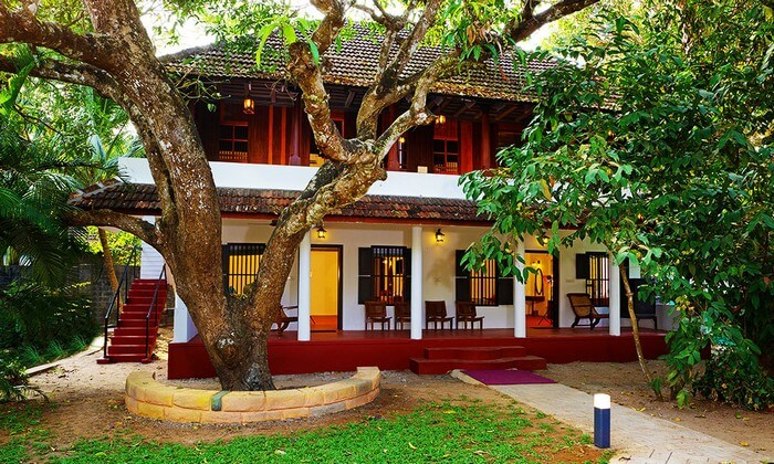 El Oceano Beach Villa is a beautiful retreat among many resorts in Alleppey