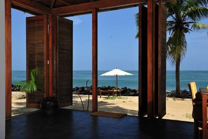 Sea facing rooms of the Erandia Marari Ayurveda Beach Resort in Alleppey