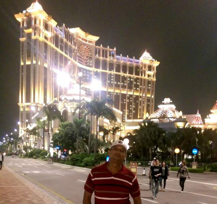 Posing in the gleaming evening in Macau