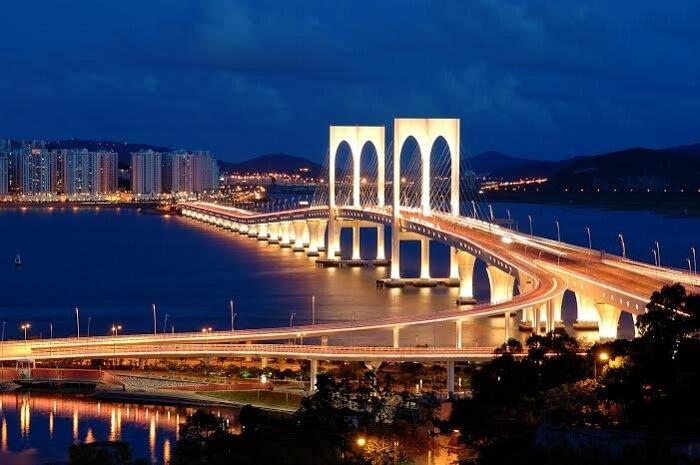 The striking Sai Van Bridge in Macau