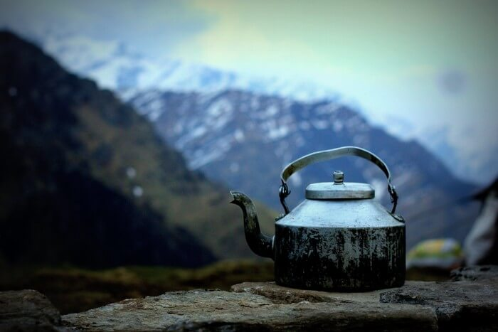 A kettle of tea on the trek to Roopkund
