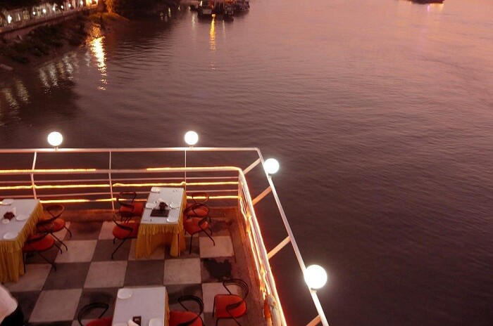 The Bridge - Flotel is one of the most romantic dining places in Kolkata