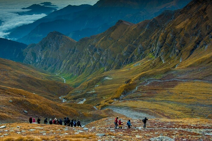 Trekkers on the way to Roopkund