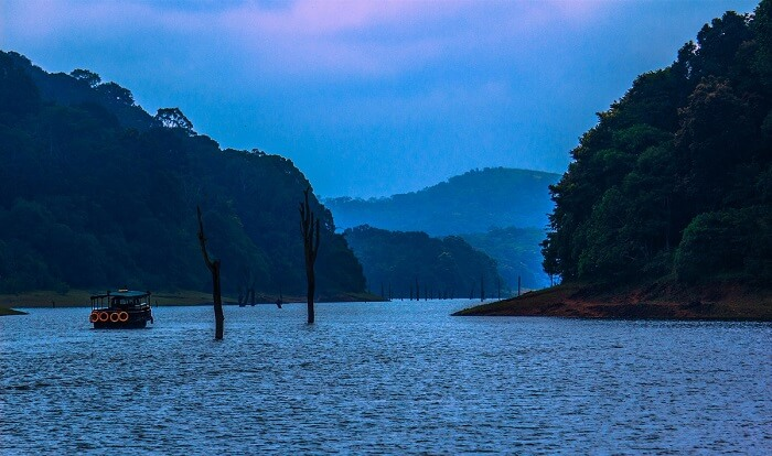 Boating in Periyar Lake is among the popular activities in Thekkady