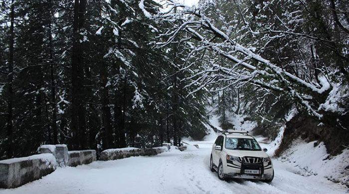 The snowy road from Sangla to Narkanda
